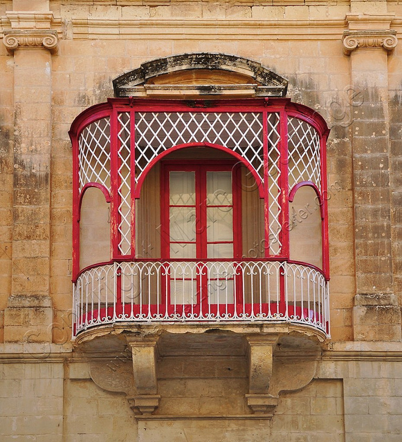 The maltese balcony maltese history heritage for Balcony history