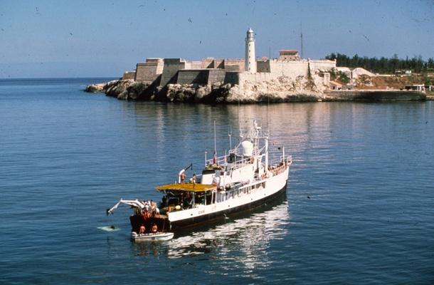 Jacques-Cousteau-Calypso-Ship4
