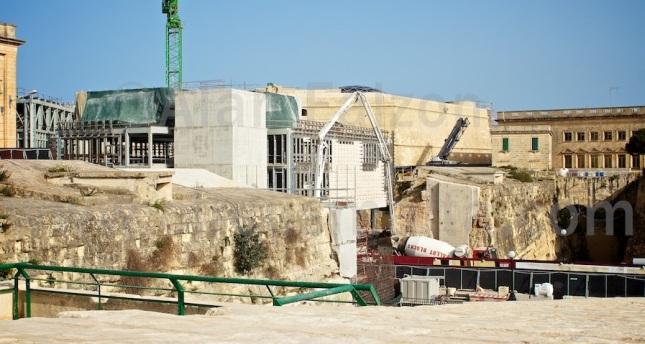 Valletta's Parliament by Renzo Piano