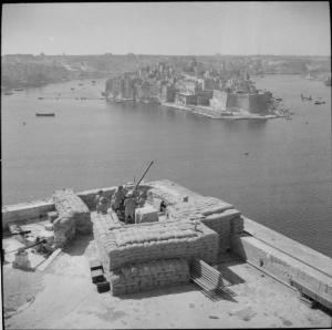 1940m