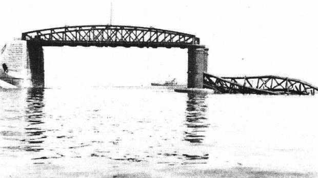 Breakwater 1941