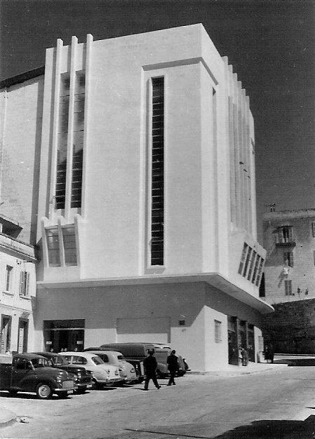 Plaza Cinema2