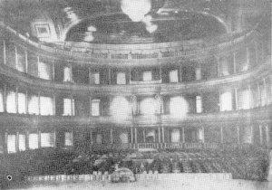 Royal_Opera_House_(1866)