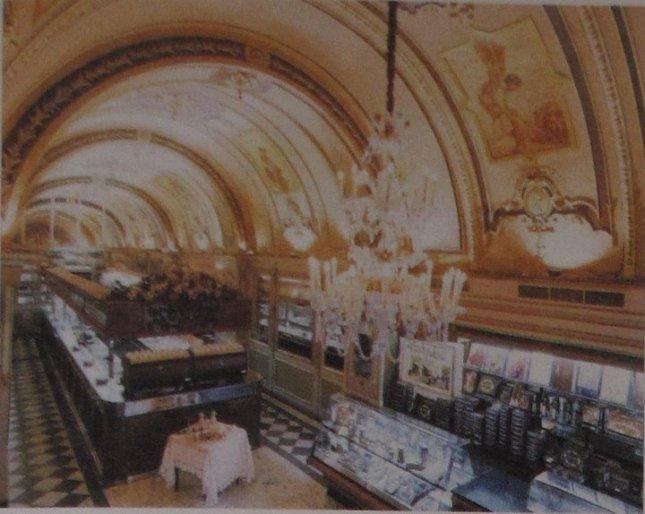 The Cinema del Commercio, today Caffe Cordina